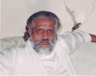 Gurunath_swan_400px